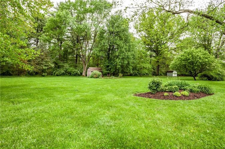 8812 Dunsmuir Drive Indianapolis IN 46260 | MLS 21710752 | photo 32