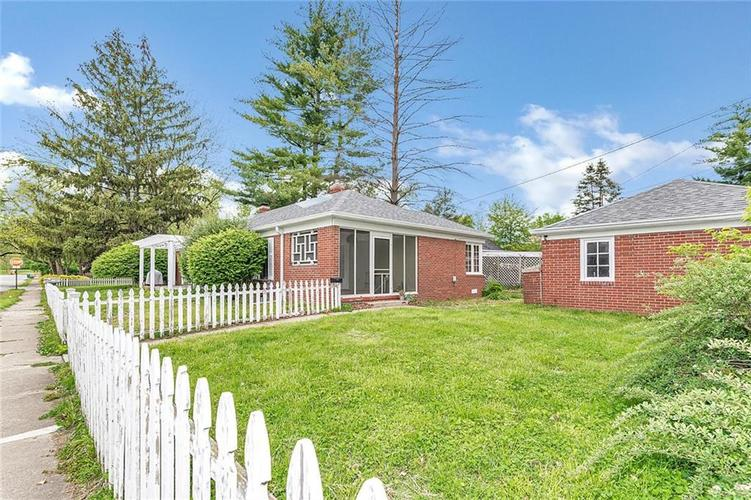 6401 CENTRAL Avenue Indianapolis IN 46220 | MLS 21710776 | photo 1