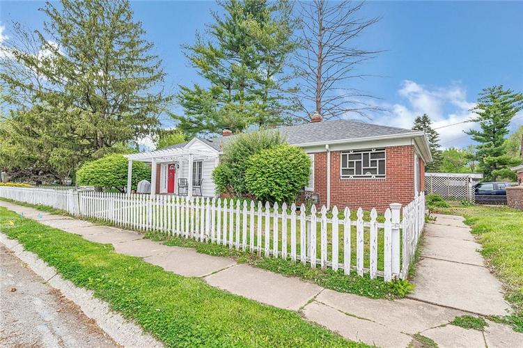 6401 CENTRAL Avenue Indianapolis IN 46220 | MLS 21710776 | photo 2
