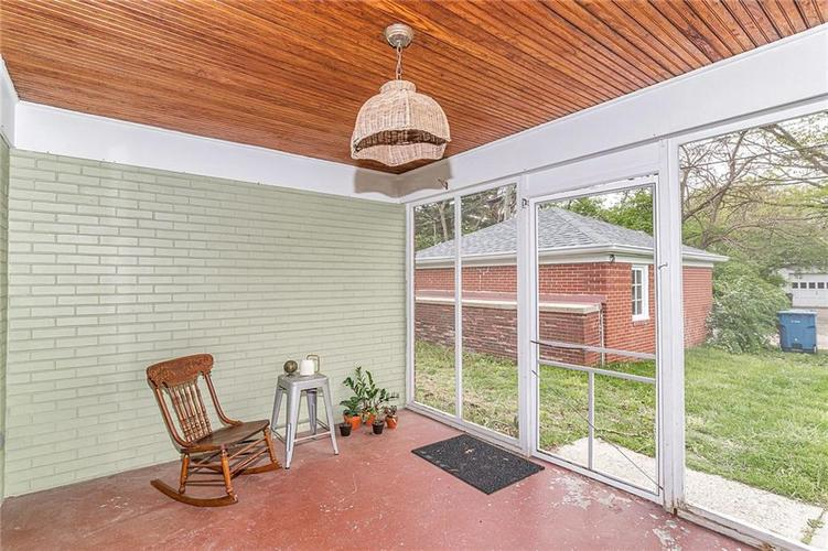 6401 CENTRAL Avenue Indianapolis IN 46220 | MLS 21710776 | photo 24