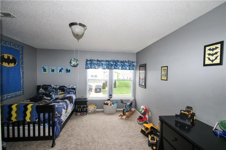 9923 Olympic Circle Indianapolis IN 46234 | MLS 21710778 | photo 14