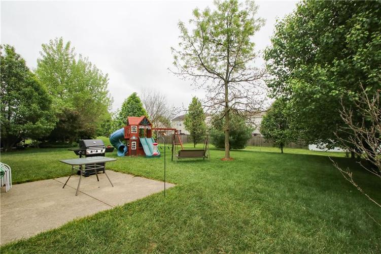9923 Olympic Circle Indianapolis IN 46234 | MLS 21710778 | photo 18