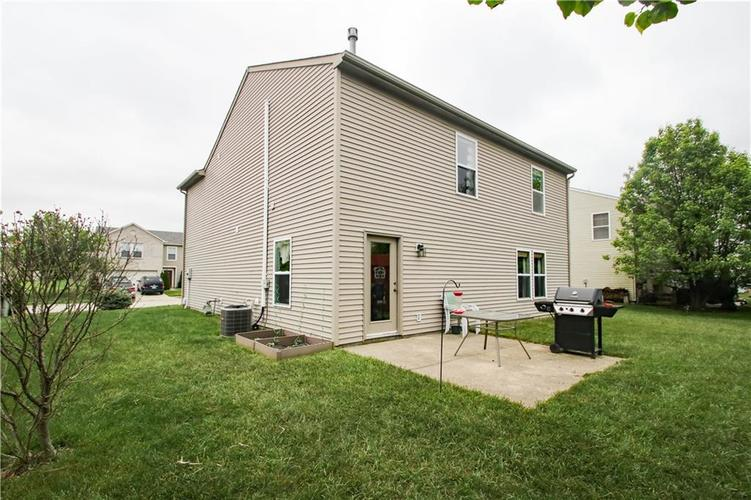 9923 Olympic Circle Indianapolis IN 46234 | MLS 21710778 | photo 19