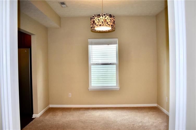 8419 Penbrooke Place Indianapolis IN 46237 | MLS 21710804 | photo 11