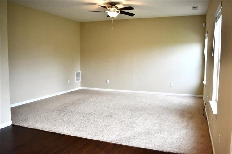 8419 Penbrooke Place Indianapolis IN 46237 | MLS 21710804 | photo 20