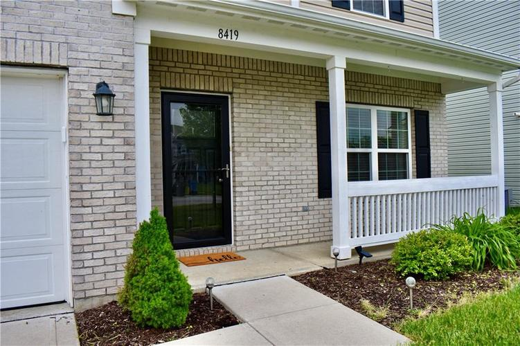 8419 Penbrooke Place Indianapolis IN 46237 | MLS 21710804 | photo 3