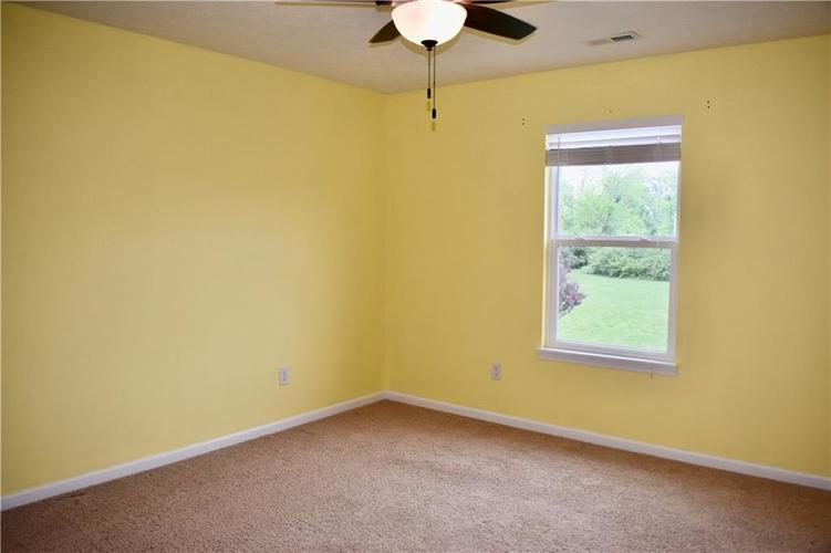 8419 Penbrooke Place Indianapolis IN 46237 | MLS 21710804 | photo 41