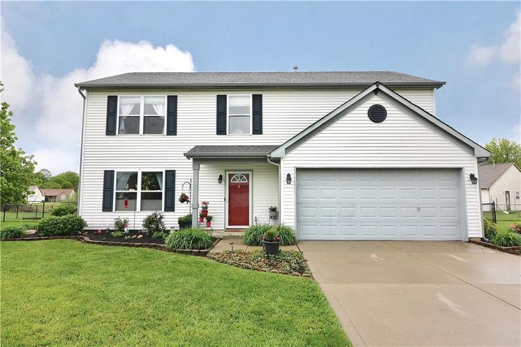 2404 Borgman Drive Indianapolis IN 46229 | MLS 21710821 | photo 1