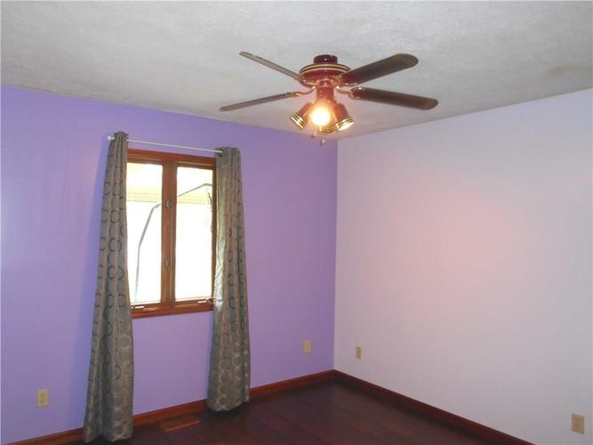 2412 E County Road 800 S Clayton IN 46118 | MLS 21710828 | photo 15