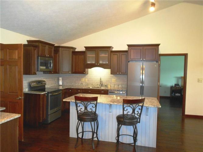 2412 E County Road 800 S Clayton IN 46118 | MLS 21710828 | photo 5