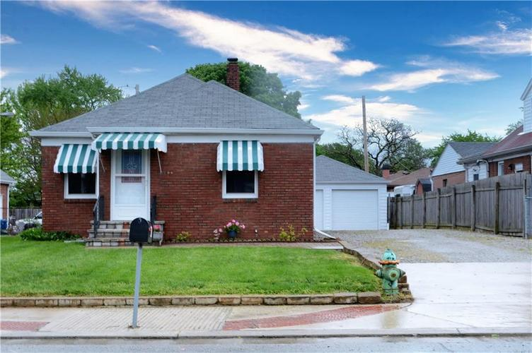41 S Post Road Indianapolis IN 46219 | MLS 21710835 | photo 1