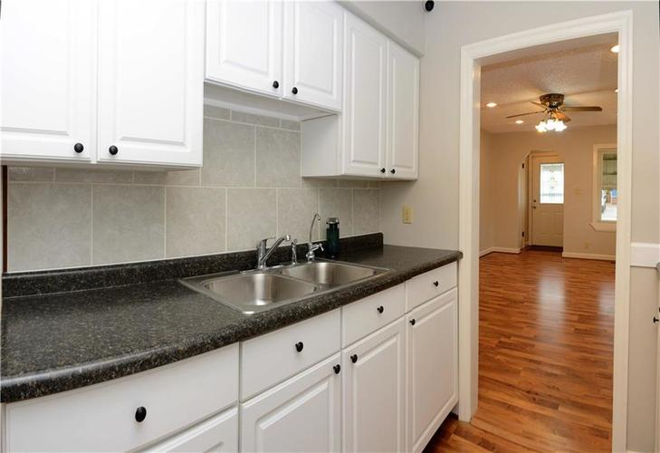 41 S Post Road Indianapolis IN 46219 | MLS 21710835 | photo 15