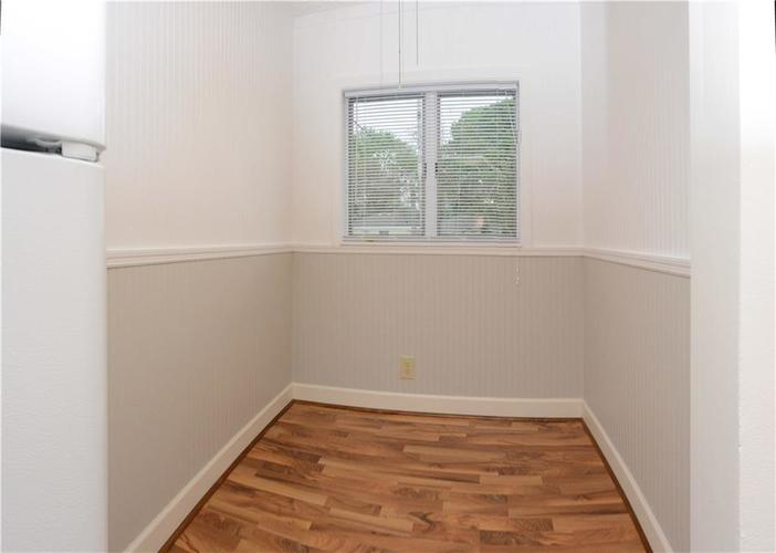 41 S Post Road Indianapolis IN 46219 | MLS 21710835 | photo 17