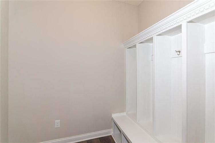 6885 W Glory Maple Drive McCordsville IN 46055 | MLS 21710845 | photo 24