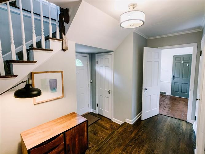 120 W 64th Street Indianapolis IN 46260 | MLS 21710861 | photo 12
