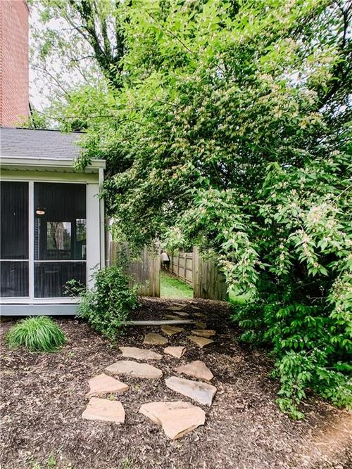 120 W 64th Street Indianapolis IN 46260 | MLS 21710861 | photo 4