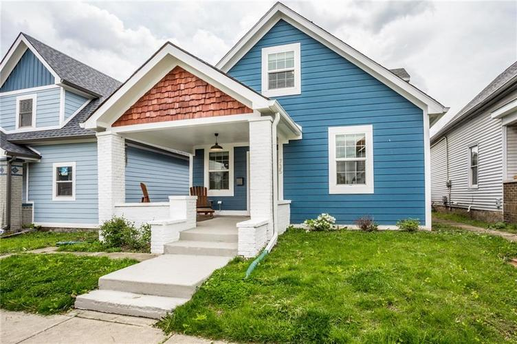 735 Cottage Avenue Indianapolis IN 46203 | MLS 21710875 | photo 2