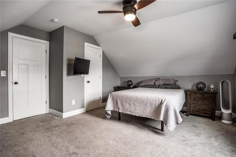 735 Cottage Avenue Indianapolis IN 46203 | MLS 21710875 | photo 23
