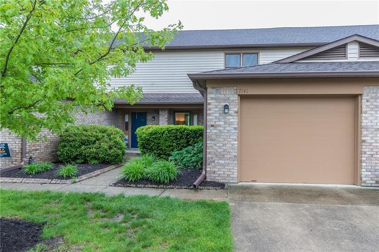 7141 Long Boat Drive Indianapolis IN 46250 | MLS 21710878 | photo 1