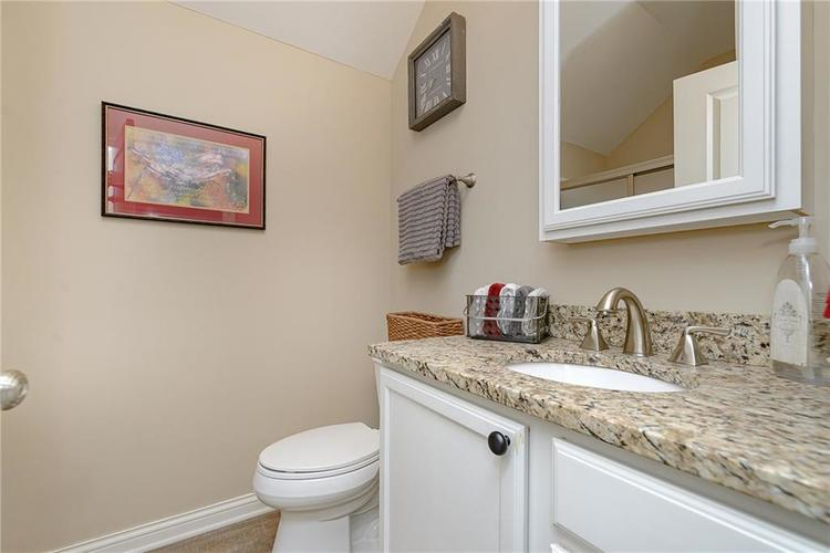 2026 Stanhope Street Carmel IN 46032 | MLS 21710879 | photo 18