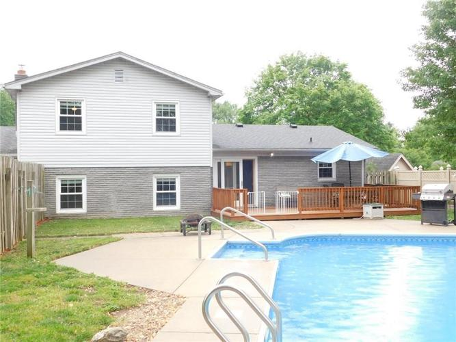 4140 Kennedy Drive Columbus IN 47203   MLS 21710897   photo 8