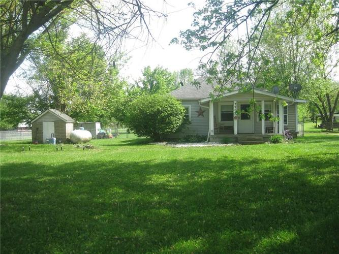 7901 E Landersdale Road Camby IN 46113 | MLS 21710907 | photo 1