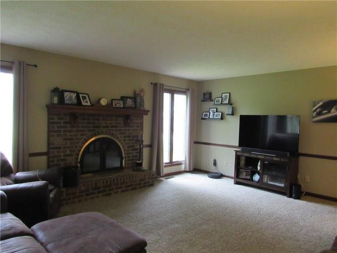 1333 W Country Club Road Crawfordsville IN 47933 | MLS 21710911 | photo 10