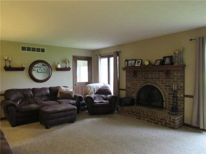 1333 W Country Club Road Crawfordsville IN 47933 | MLS 21710911 | photo 11