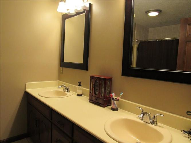 1333 W Country Club Road Crawfordsville IN 47933 | MLS 21710911 | photo 14