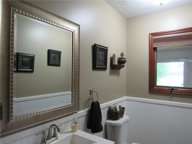 1333 W Country Club Road Crawfordsville IN 47933 | MLS 21710911 | photo 27