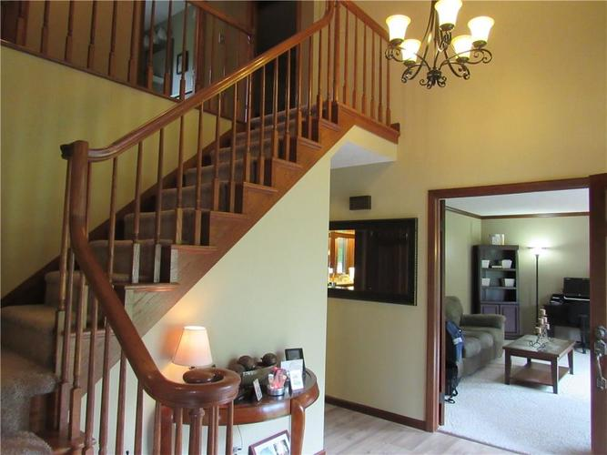 1333 W Country Club Road Crawfordsville IN 47933 | MLS 21710911 | photo 5