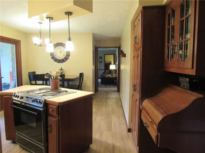 1333 W Country Club Road Crawfordsville IN 47933 | MLS 21710911 | photo 7