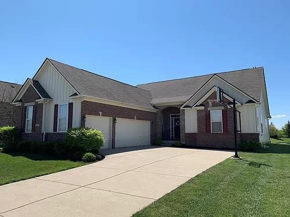 1201 Lucca Drive Greenwood IN 46143 | MLS 21710961 | photo 1