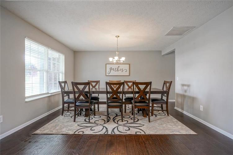 19217 Pacifica Place Noblesville IN 46060 | MLS 21710968 | photo 11
