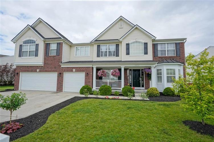 19217 Pacifica Place Noblesville IN 46060 | MLS 21710968 | photo 2