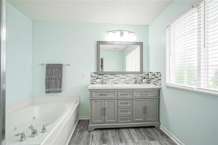 19217 Pacifica Place Noblesville IN 46060 | MLS 21710968 | photo 42