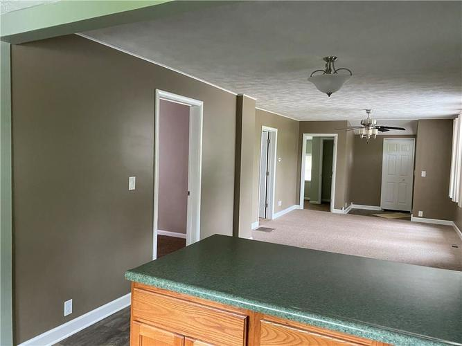 500 E Chestnut Street Crawfordsville IN 47933 | MLS 21711001 | photo 13
