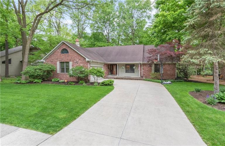 7428 Cherryhill Drive Indianapolis IN 46254 | MLS 21711023 | photo 1