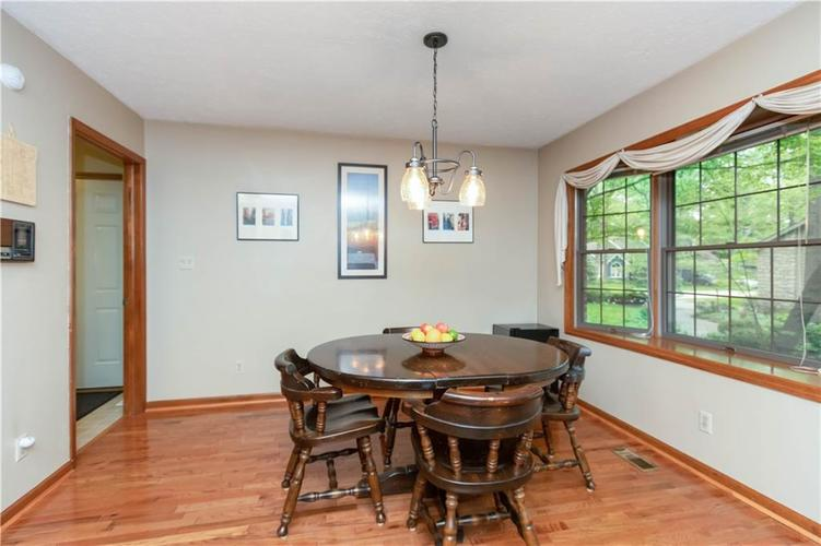 7428 Cherryhill Drive Indianapolis IN 46254 | MLS 21711023 | photo 14