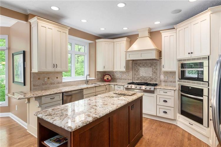 10501 TREMONT Lane Fishers IN 46037 | MLS 21711031 | photo 15