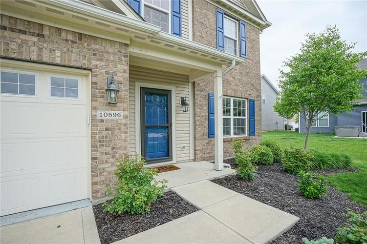 10596 Cobton Circle Noblesville IN 46060 | MLS 21711037 | photo 2