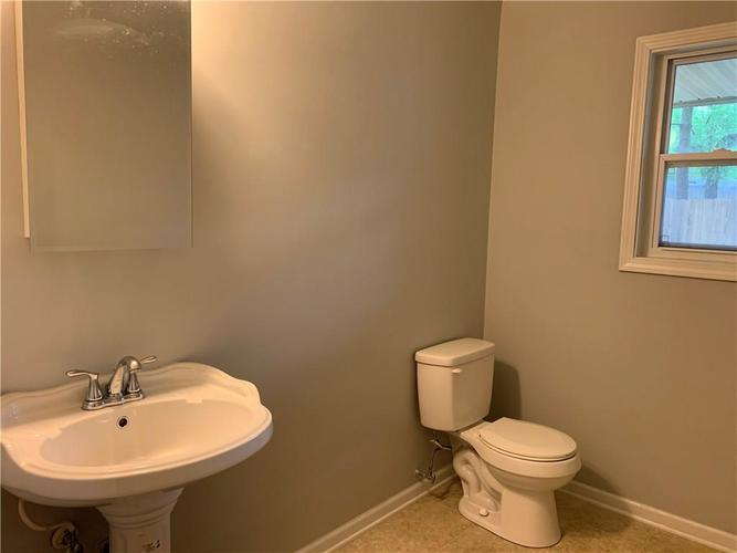 7421 S Meridian Street Indianapolis IN 46217 | MLS 21711081 | photo 22