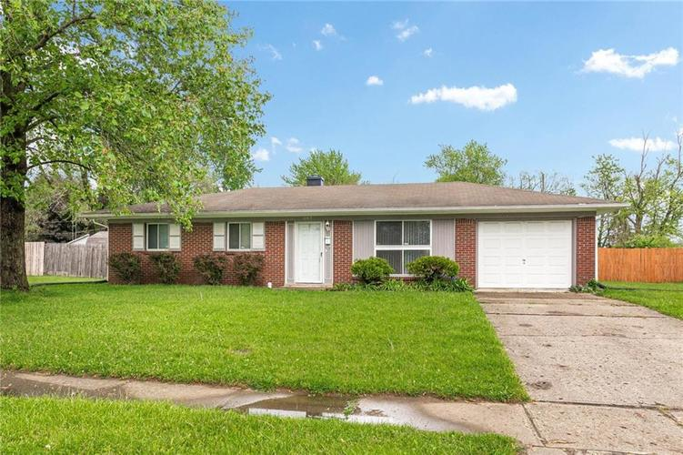 3163 Roseway Drive Indianapolis IN 46226 | MLS 21711089 | photo 1