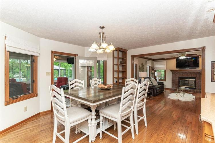 4625 Moss Lane Indianapolis IN 46237 | MLS 21711114 | photo 11