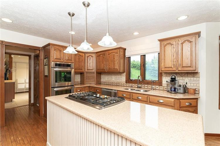 4625 Moss Lane Indianapolis IN 46237 | MLS 21711114 | photo 13