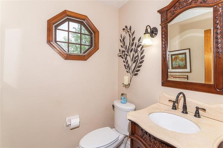 4625 Moss Lane Indianapolis IN 46237 | MLS 21711114 | photo 15