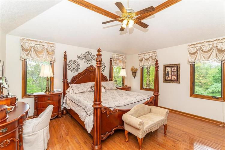 4625 Moss Lane Indianapolis IN 46237 | MLS 21711114 | photo 19