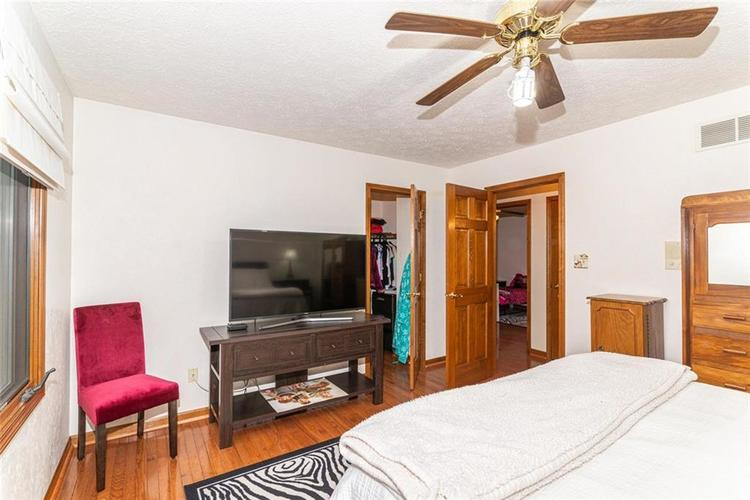 4625 Moss Lane Indianapolis IN 46237 | MLS 21711114 | photo 24