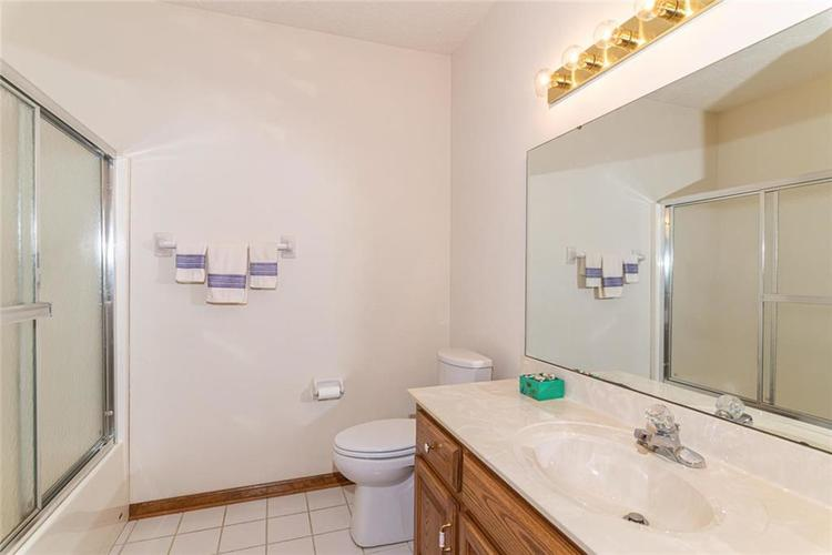 4625 Moss Lane Indianapolis IN 46237 | MLS 21711114 | photo 35