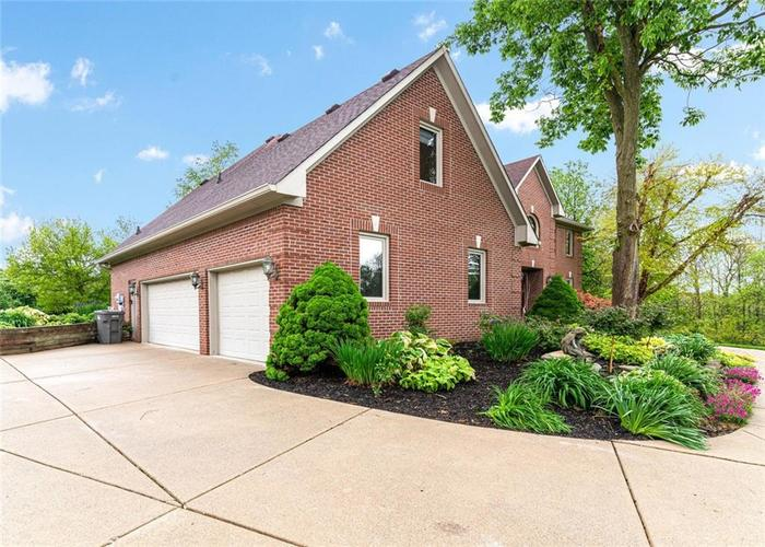 4625 Moss Lane Indianapolis IN 46237 | MLS 21711114 | photo 42